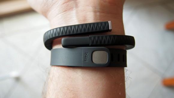 fitness tracker jawbone fitbit