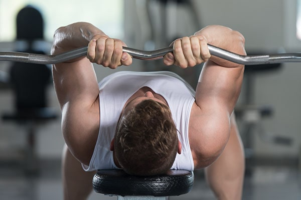 close-grip bench press tricep exercises